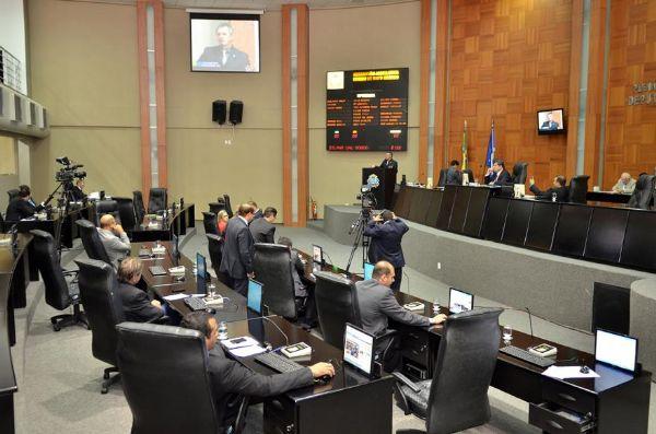 Contenção de rebeldia e afago de egos envolvem escolha do líder do Governo na Assembleia; Wilson e Dilmar não foram convidados