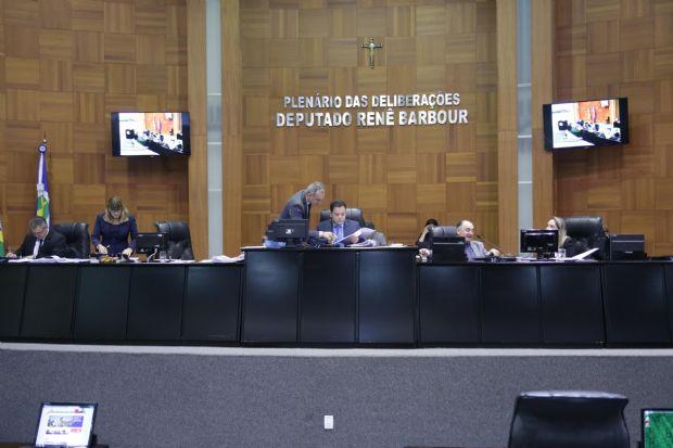 Botelho consolida Assembleia Legislativa como fórum dos principais debates de Mato Grosso