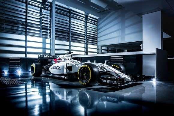 Williams mantém base e apresenta novo FW38 sem mudanças aparentes para temporada 2016 da F1