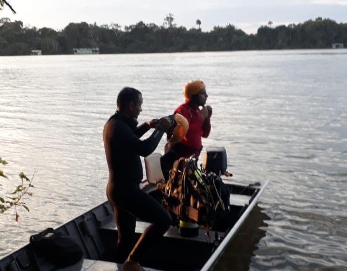 Homem morre afogado enquanto tomava banho com amigos no rio Teles Pires; corpo encontrado