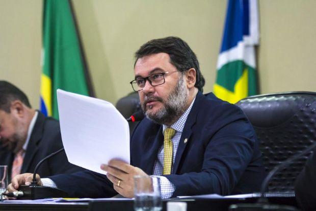 Oscar Bezerra não aceitará que Wilson Santos