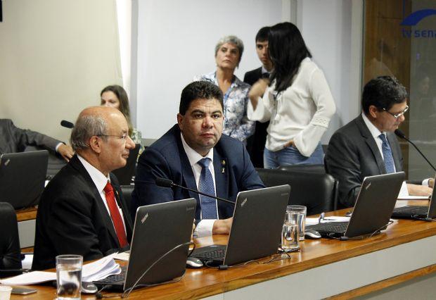 """Cidinho Santos defende que CPMI penalize culpados, mas garanta """"sobrevivência"""" da JBS"""