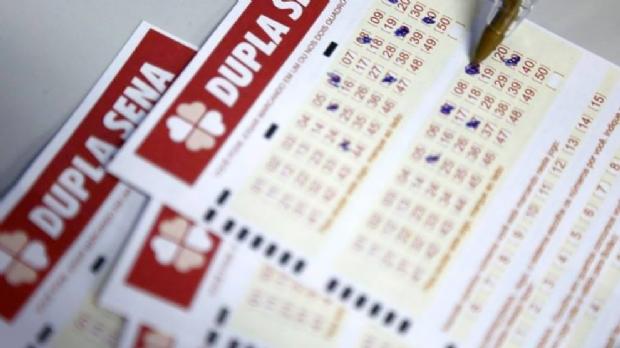 Mato-grossenses acertam números da Dupla Sena e recebem mais de R$ 183 mil em prêmios