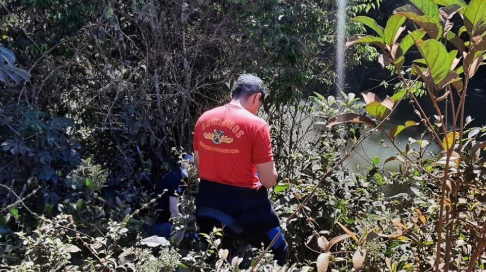 Polícia identifica homem que morreu afogado após bebedeira com amigo em fazenda