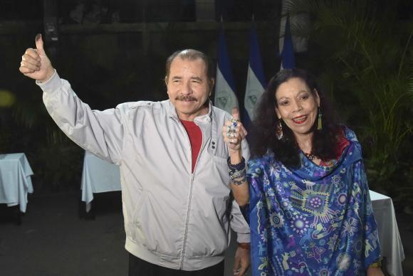 Daniel Ortega é reeleito presidente da Nicarágua