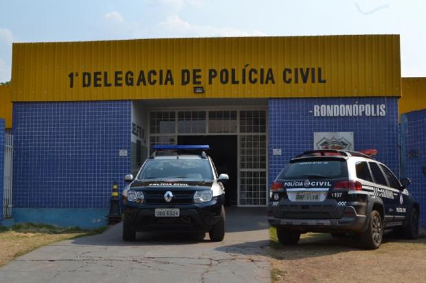 Polícia fecha festa com aglomeração, menores e entorpecentes
