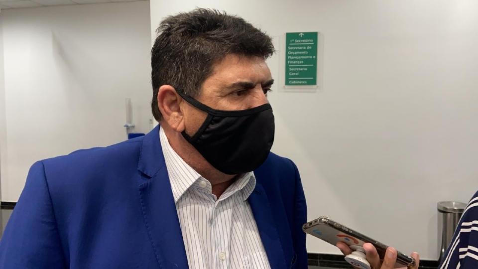 """Dr. João critica pedidos de prioridade na vacinação por meio de deputados: """"não vamos mais nos meter"""""""