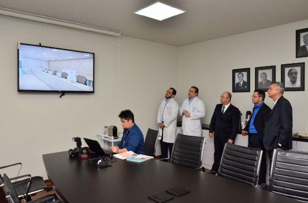Botelho assegura emenda para construção de clínica médica no Hospital de Câncer MT, para tratamento humanizado