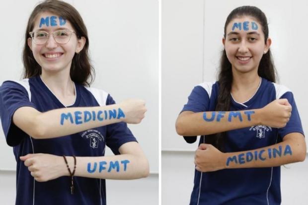 À esquerda, Esther Grzesiuk, à direita, Giovanna Guedes Barbosa.