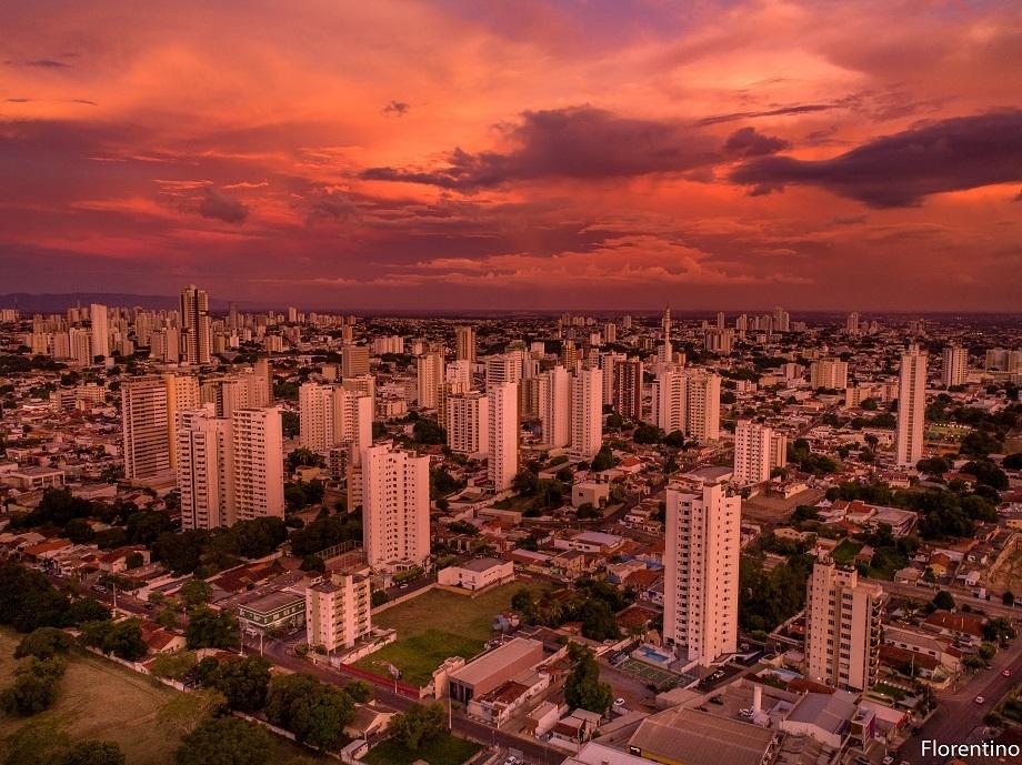 Cidade de MT marca quase 45ºC na sombra e 6 municípios figuram entre os mais quentes do Brasil