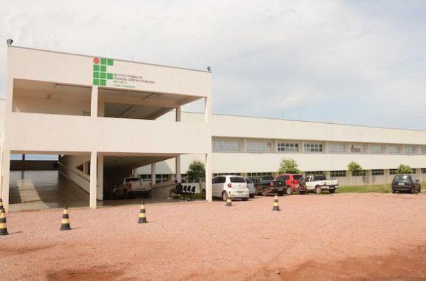Mesmo após desocupação, quase 700 alunos de Mato Grosso terão prova do ENEM adiada