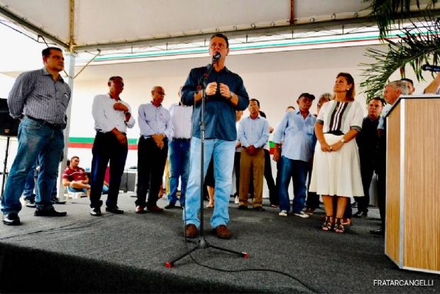 """Fávaro diz que falta de eficiência é principal crítica ao governo e """"adia"""" decisão sobre rompimento"""