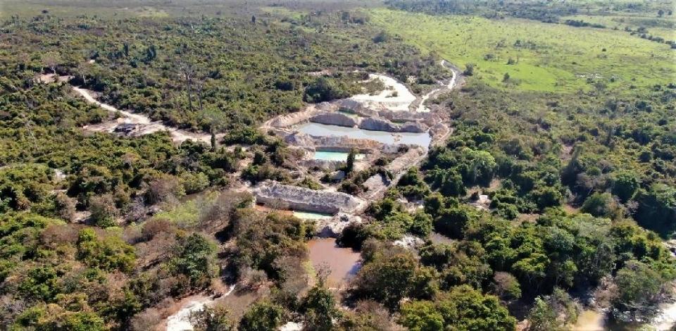 Operação identifica 200 hectares desmatados e embarga 12 garimpos ilegais no norte de MT