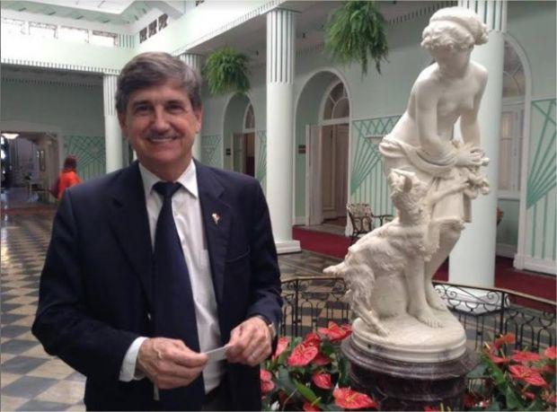Senador italiano ministra palestra sobre integração ítalo-brasileira em Cuiabá