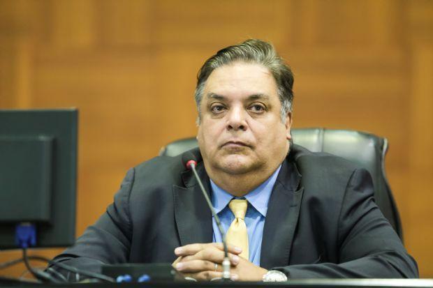 Polícia Federal cumpre mandados contra deputado Gilmar Fabris