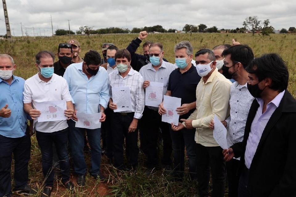 Governador define construção de hospital com 141 leitos de enfermaria e 40 UTIs em Tangará