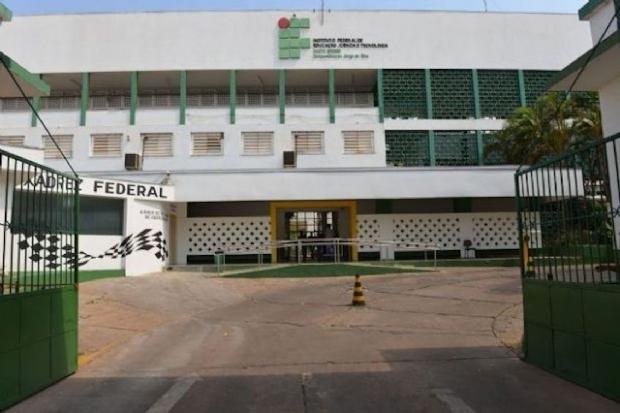 Pai de aluno denuncia IFMT no MPF por professores não estarem dando aula; Instituição nega