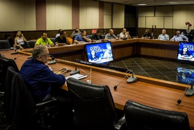 Em reunião com servidores, Governo afirma que apenas aguarda decisão do TCE para pagar RGA