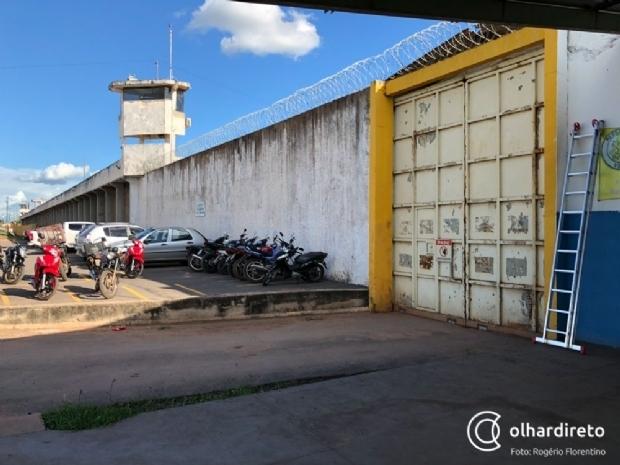 Detentos da PCE com suspeita de meningite são levados ao PSM