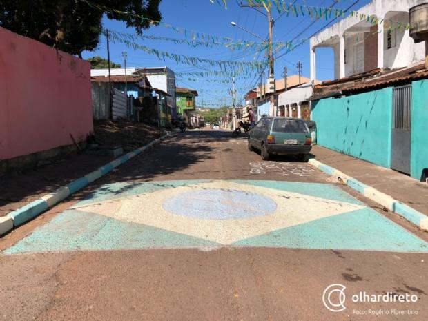 Entusiasmados, cuiabanos decoram ruas com as cores do Brasil e acreditam no Hexa