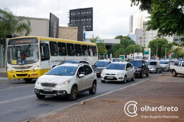 Multas de trânsito podem ser pagas com desconto de 50% em mutirão