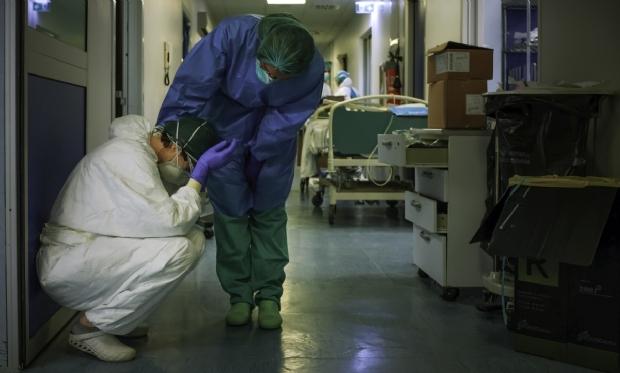 Secretário crê que número de infectados deve ser 4 vezes maior e identifica 50 atestados falsos de servidores