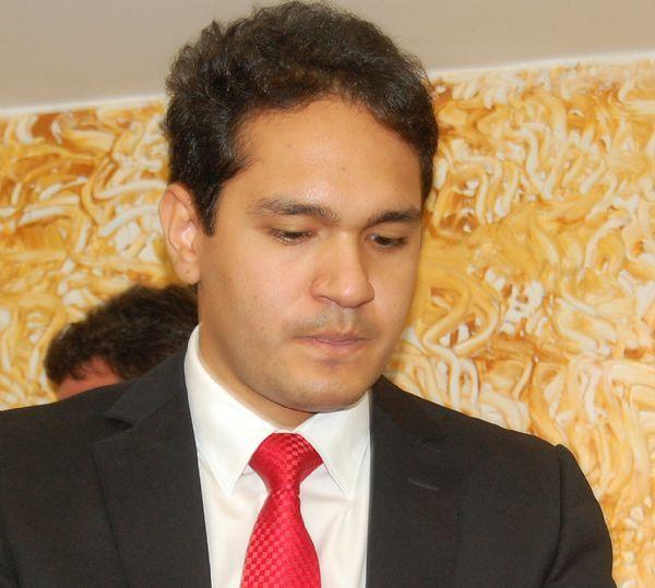 João Emanuel é cassado; quatro vereadores se abstêm ; veja como foi toda a sessão