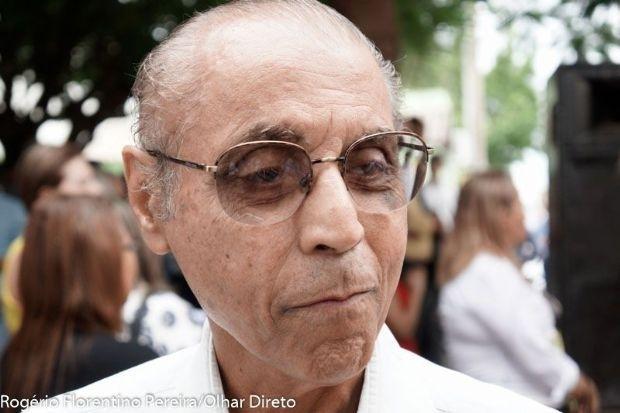 """""""Se não houver ninguém com coragem e com peso, eu estou às ordens"""", diz Julio sobre enfrentar Taques"""