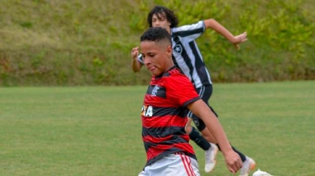 Cuiabano da base do Flamengo estava em quarto que pegou fogo e correu para se salvar