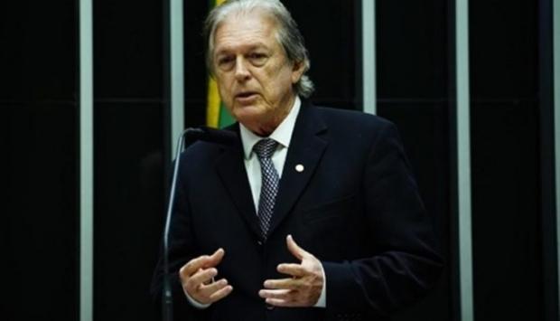 Presidente do PSL confirma pressão em senadores; Selma deve sair do partido nos próximos dias
