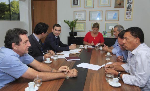 Prefeitura de VG assina convênio de R$ 1,17  mi em emendas e busca restos a pagar