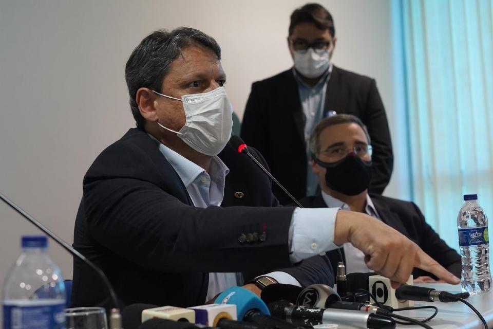 Ministro cita problemas da BR-163 desde da fase inicial e projeta três saídas para tirar Rota do Oeste da concessão