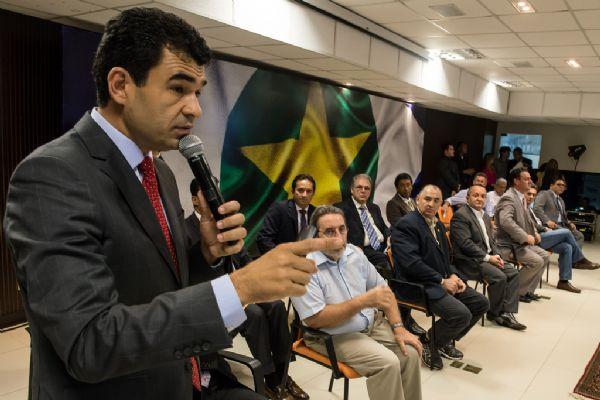 Taques escala secretários para 'abrir caminho' na Esplanada dos Ministérios; Duarte conquista espaço