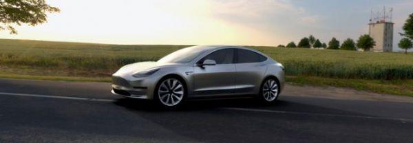 Model 3 tem mais de 230 mil encomendas em apenas dois dias