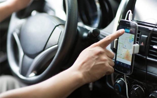 Motorista de aplicativo é preso acusado de envolvimento em assalto com criança refém e idoso esfaqueado