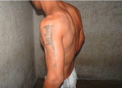 Pai obriga filha de seis a fazer sexo oral e é detido pela Polícia Militar