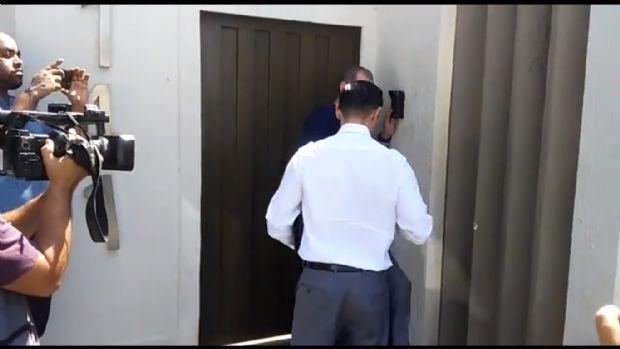 MPF chegando na casa de Emanuel