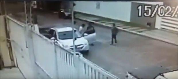 Câmera de segurança flagra roubo de Hyundai IX35 em bairro nobre na capital;  veja