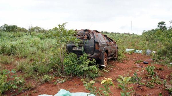 Mulher morre  e quatro pessoas ficam feridas em capotamento de Pajero