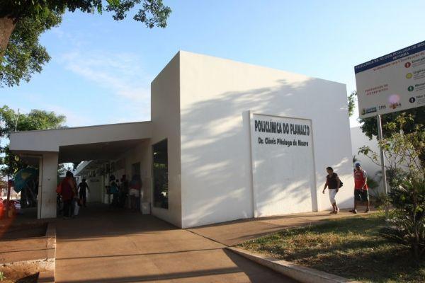 Falta de atendimento causa tumulto e se torna caso de polícia em Policlínica de Cuiabá