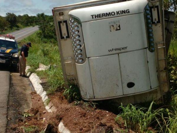 Motorista sofre acidente  na BR-070 e corpo é removido mais de cinco horas depois