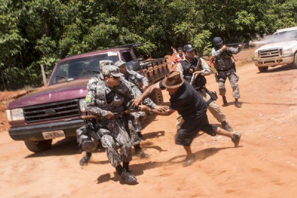 Moradores cumprem promessa e entram em confronto em Suiá Missú  (fotos)