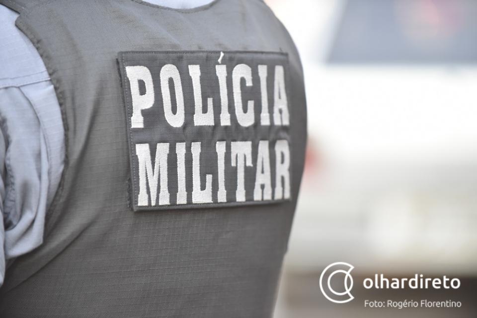 Bandidos apontam arma para criança de 10 anos durante tentativa de roubo contra policial e familiares