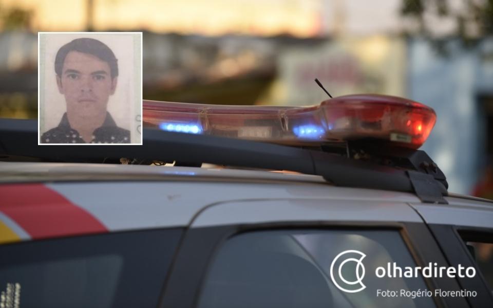 Jovem de 21 anos morre após perder controle de moto e colidir com cerca