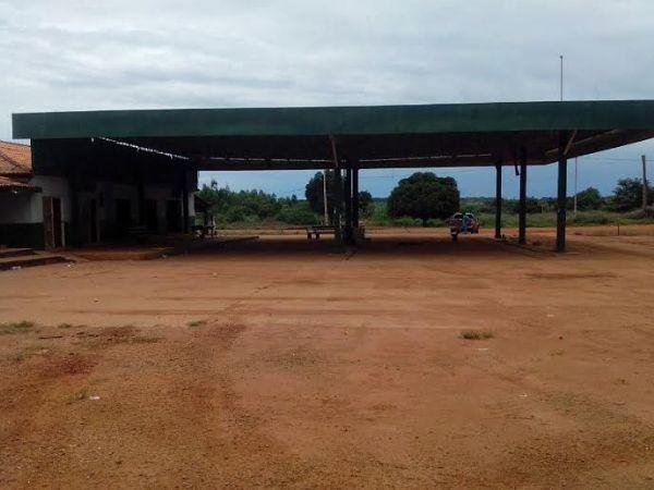 Movimentação de retorno dos posseiros à Terra Marãiwatsédé perde força e Posto da Mata fica vazio veja fotos