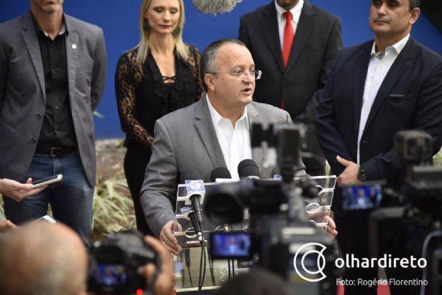 Vídeos de deputados e prefeitos recebendo propina são nojentos, dispara Taques