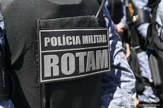 Ação conjunta da polícia troca tiro com bandidos, prende um e recupera duas Hilux, produtos agrícolas e celulares roubados