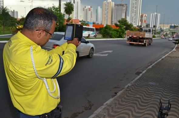 Prefeitura emitiu mais de 90 mil multas em 2018; 52% por excesso de velocidade