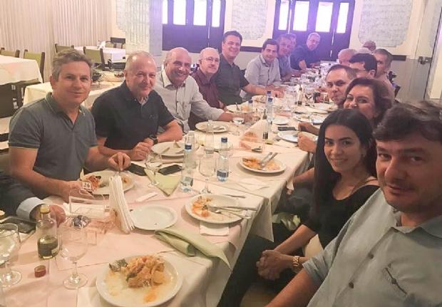 Cúpula da oposição almoça com Mauro Mendes para discutir candidatura