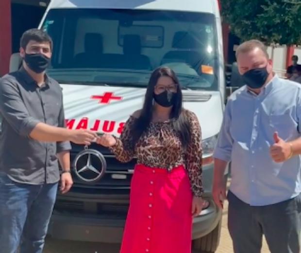 Emanuelzinho destina nova ambulância a Jaciara por meio de emenda parlamentar